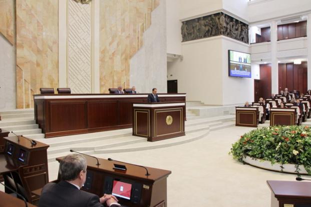 11 июня 2020 года на заседании Палаты представителей депутатский корпус принял решение о даче согласия Президенту Республики Беларусь на назначение Головченко Романа Александровича на должность Премьер-министра Республики Беларусь.